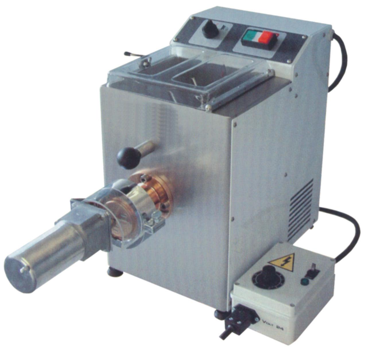 NFG Vorbereitung und Teigwarengeräte Nudelmaschine Pasta Maschine TR70 mit Abschneider TR